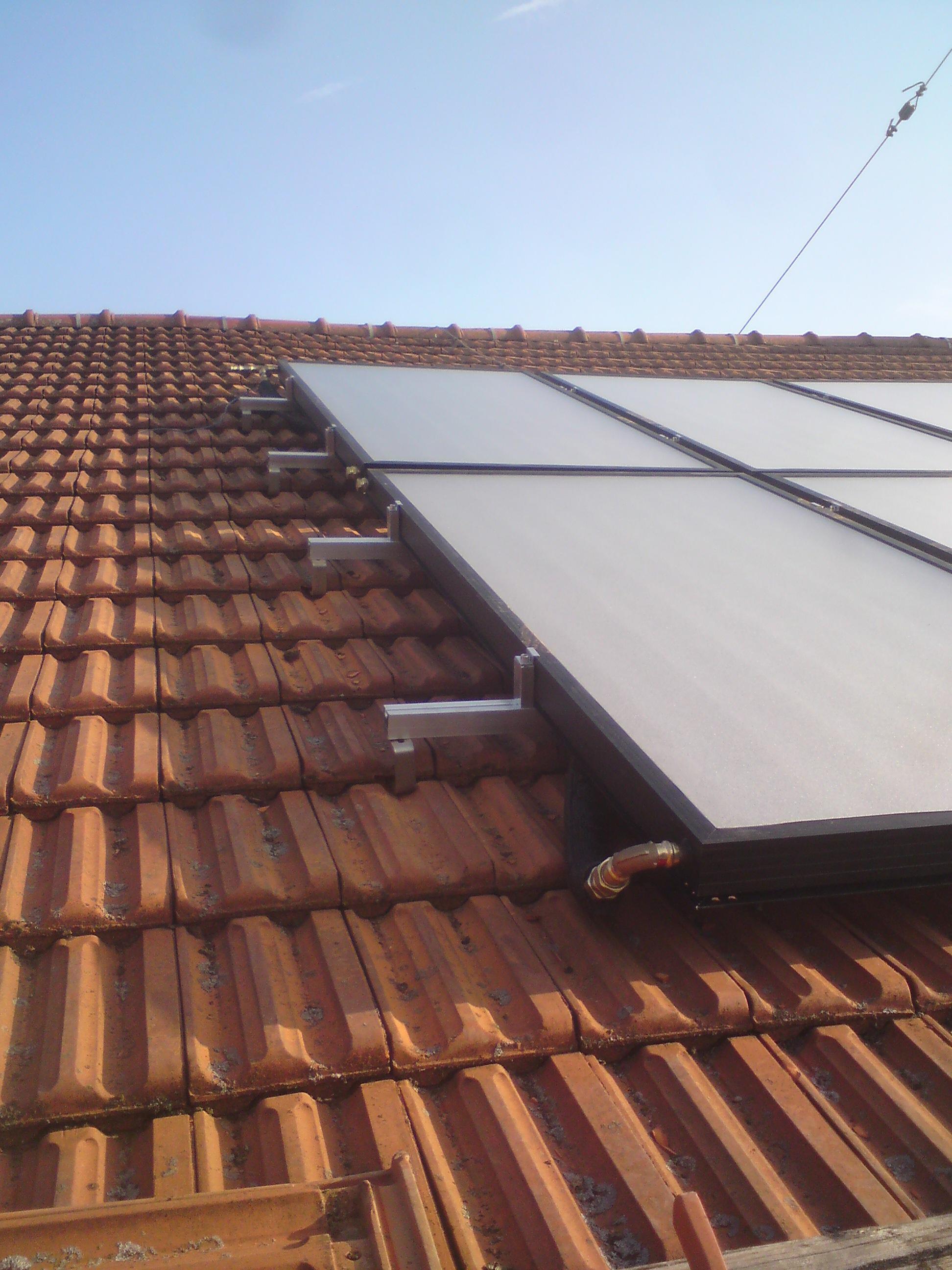alpha solar montagesystem f r solarkollektoren. Black Bedroom Furniture Sets. Home Design Ideas